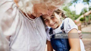 Troca entre gerações: uma possibilidade de reforçamento entre jovens e idosos 1